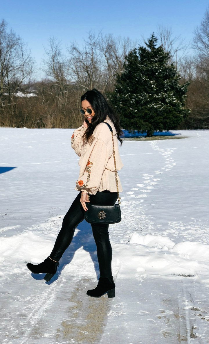 How to Style Leather Leggings